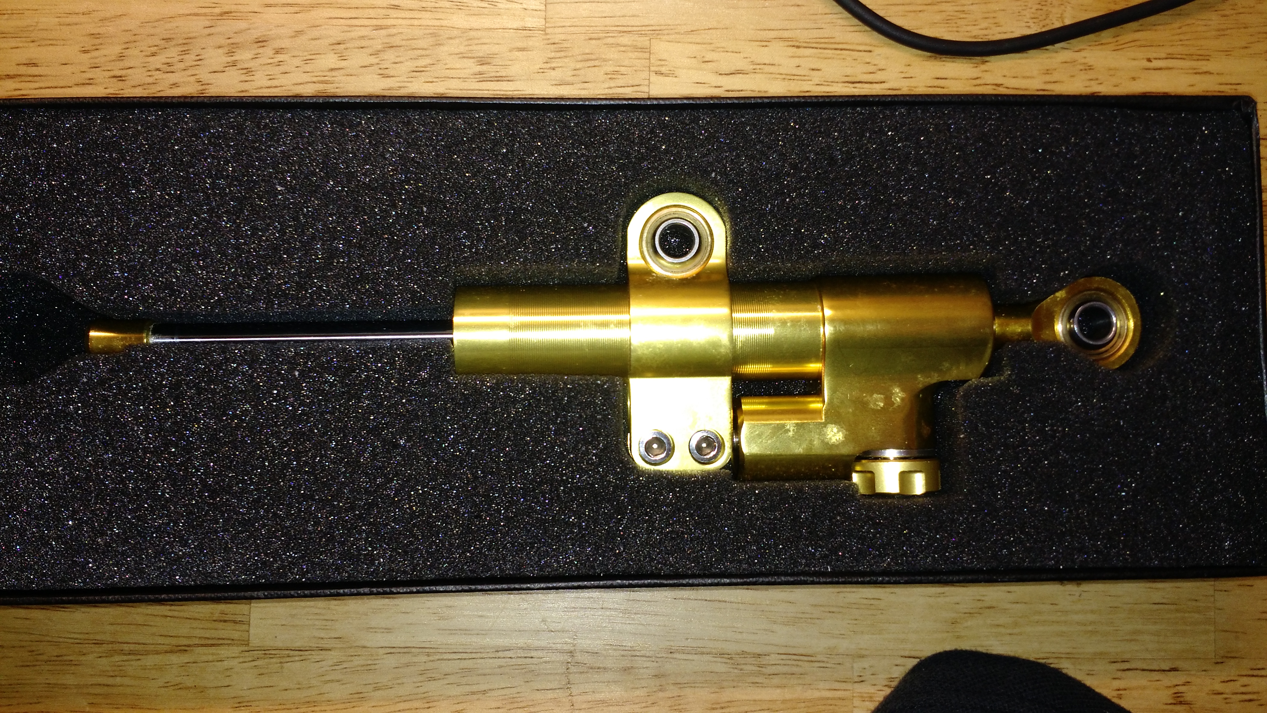 GSXR front end swap and R1 rear-new_gold_damper.jpg